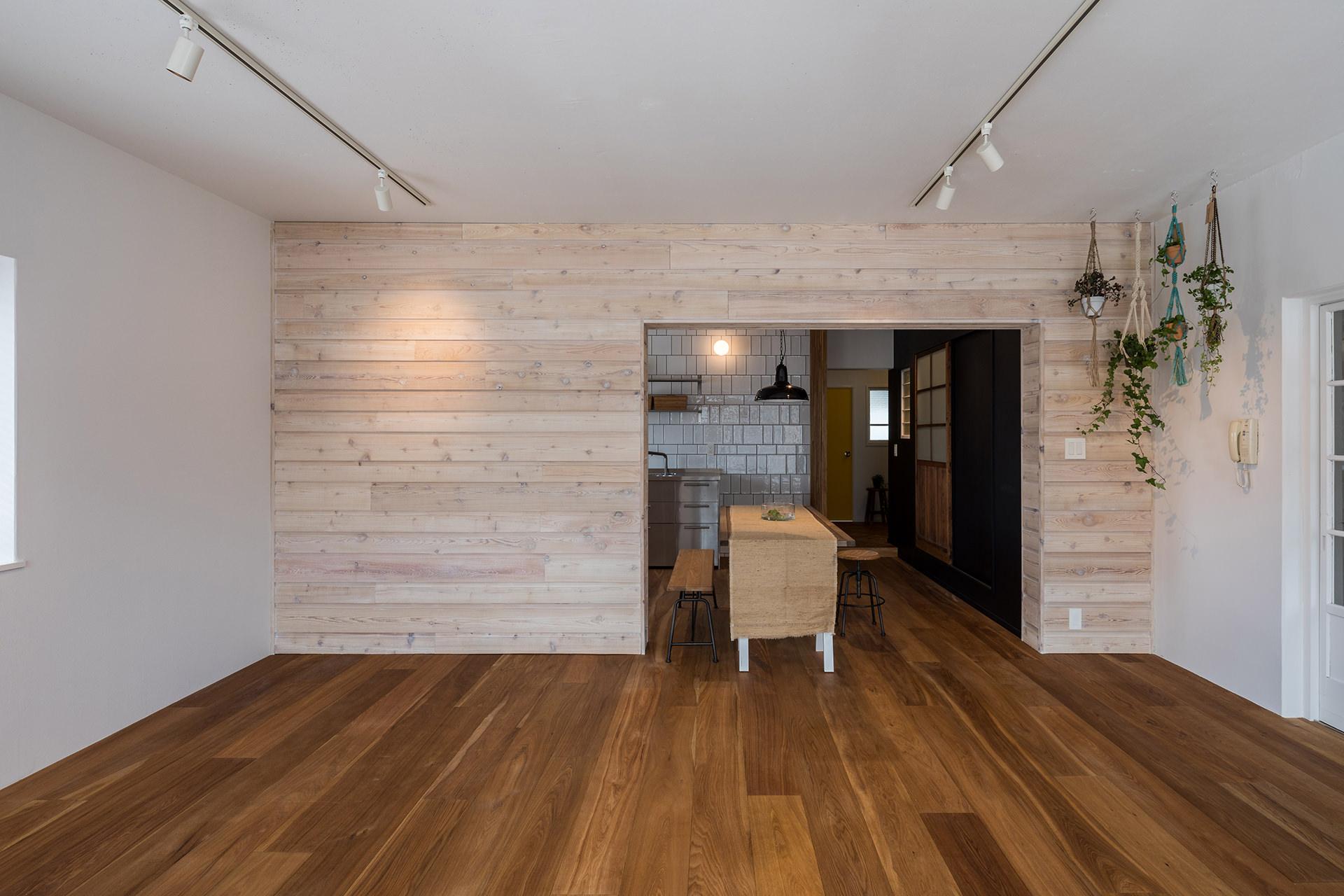 「stri-ep house flat ジュネス葉山一色ガーデン」  イメージ08 撮影:東涌宏和